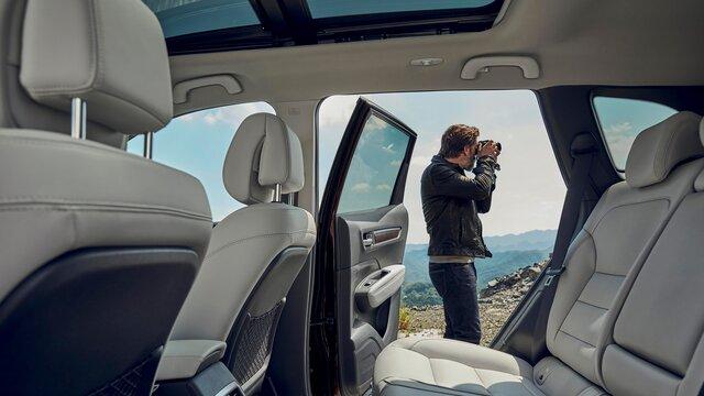 Renault KOLEOS intérieur, places avant et arrières de l'habitacle