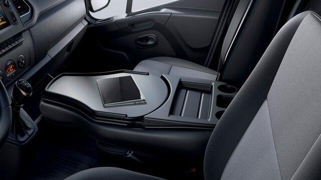 Renault Master - tablette pivotante