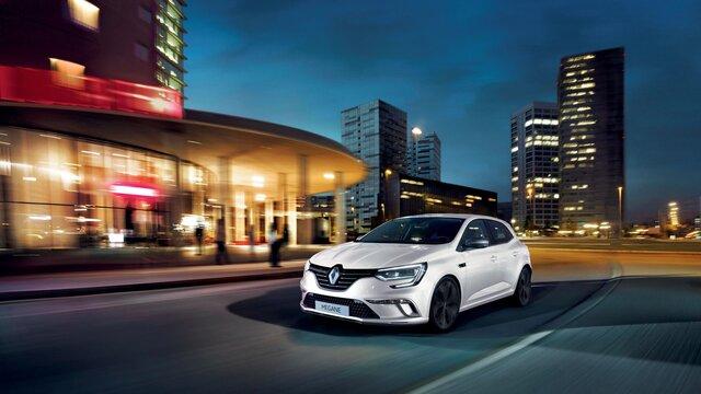 Renault e-guide - MEGANE grise roule en ville