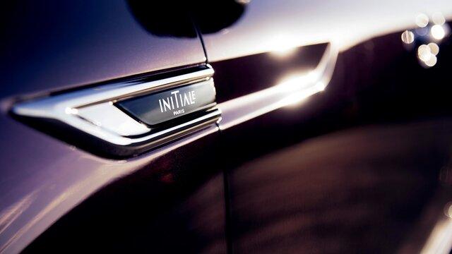 Renault TALISMAN badge