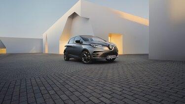 Renault ZOE bleue extérieure face avant
