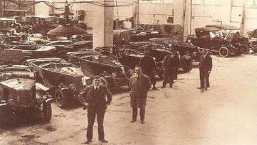 Old Renault Warehouse - Seagrave