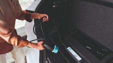 Renault MEGANE Sport Tourer rechargeable hybrid