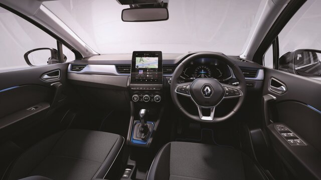 All-new CAPTUR interior: steering wheel, dashboard