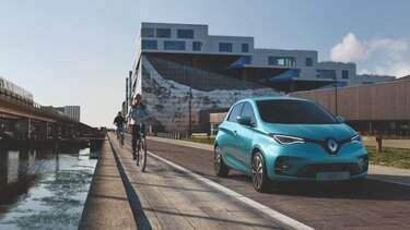 Blue Renault ZOE exterior