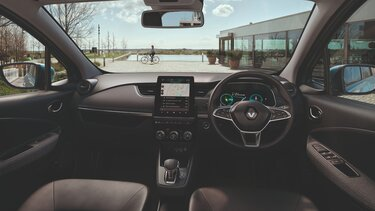 Renault ZOE steering wheel and driver's screen