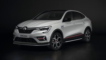 red exterior customisation pack - accessories for Renault Arkana SUV