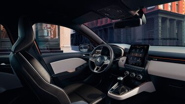CLIO interior equipment
