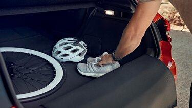 CLIO interior boot