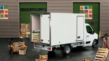 MASTER loading van