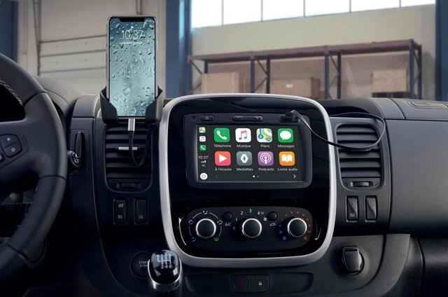 Apple CarPlay™ za Media Nav Evolution*