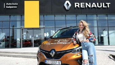 Pljevačica Albina ispred Renault centra