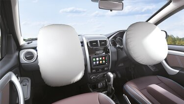 Driver & front passenger airbags