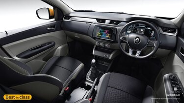 20.32 cm Touchscreen MediaNAV Evolution | Stylish Dual Tone Dashboard with Silver Accents