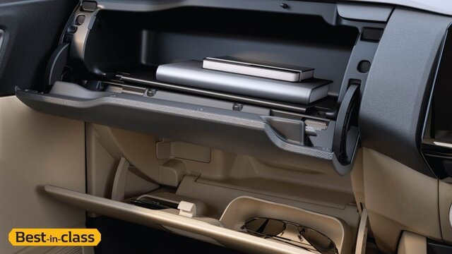 Upper and Cooled Lower Glove Box
