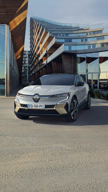 Nuova Renault Megane E-Tech 100% elettrica - muso