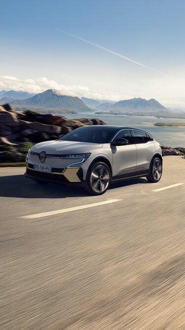 Nuova Renault Megane E-Tech 100% elettrica - corpo compatto da berlina