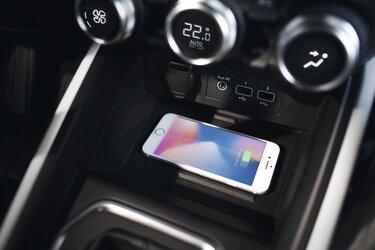 équipements intérieur smartphone CLIO