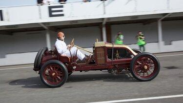 Renault TYPE AK, 115 ans d'histoire Renault, Montlhéry