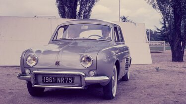 RENAULT ONDINE front end
