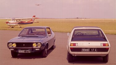 Two RENAULT 17s parked