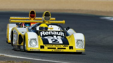 RENAULT ALPINE A442 during race