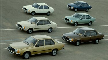 RENAULT 18 parked