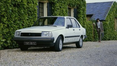 RENAULT 18 front end