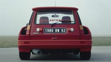 RENAULT 5 TURBO rear view