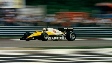 RENAULT F1 TYPE RE40 en course