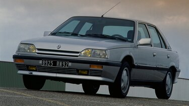 RENAULT 25 anthracite grey