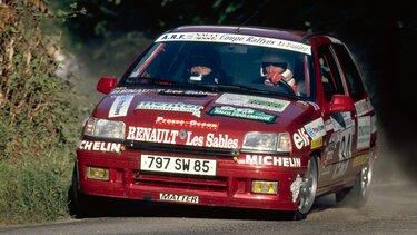 RENAULT CLIO rallye