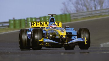 RENAULT F1 R24 face
