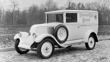 RENAULT TYPE NN1 white side view