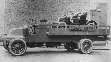 RENAULT TYPE AX black and white