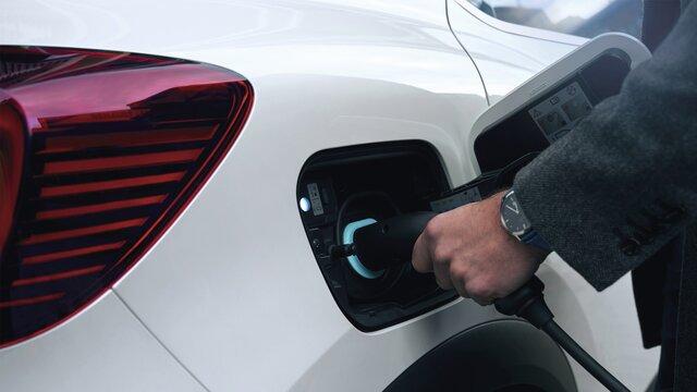 Renault CAPTURE-TECH - Schermo conducente da 10,2