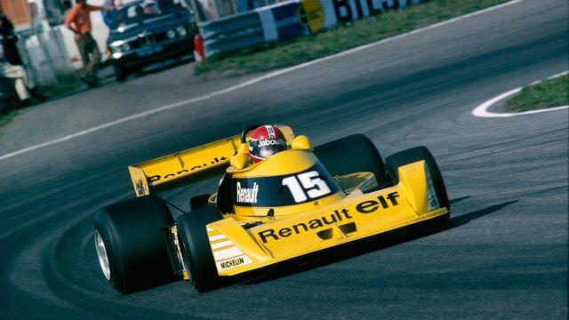 Gelber Renault Formel 1 Fahrzeug auf der Rennstrecke