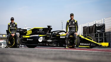 Renault Формула 1 R.S. 19, пилоти