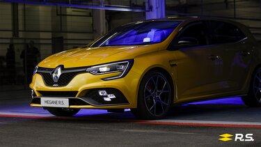 Gelber Renault MEGANE R.S. Frontpartie