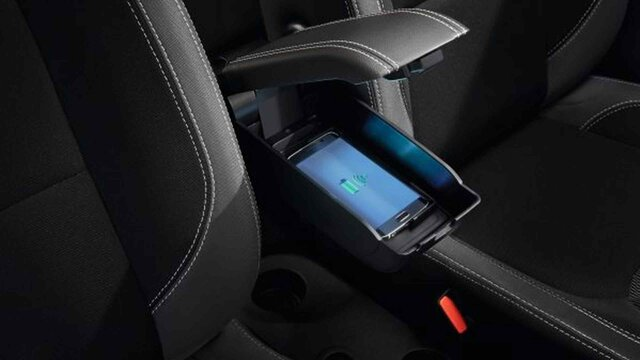 Renault CLIO - Chargeur smartphone