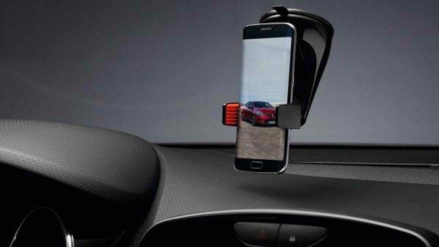 Renault CLIO - Uchwyt na smartfona