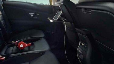 Tablet- und USB-Anschluss