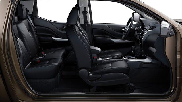 Renault ALASKAN sièges en cuir chauffants