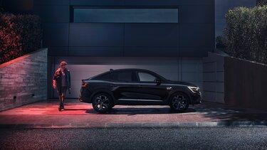 Arkana - Renault SUV zijkant zwart