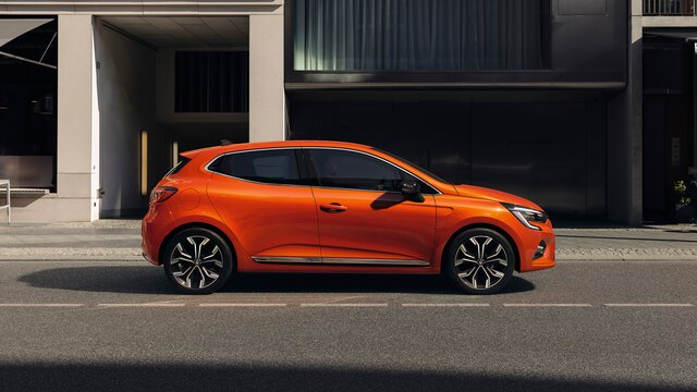 CLIO orange profile