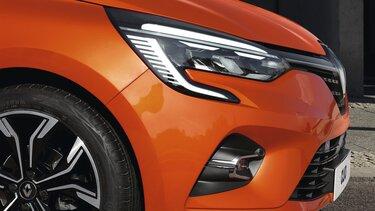 CLIO orangefarbenes Außendesign