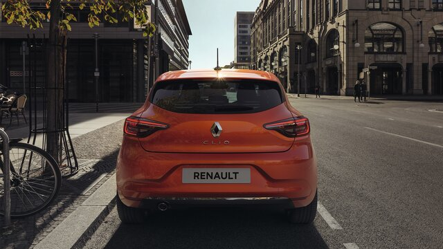 CLIO orange vue arrière