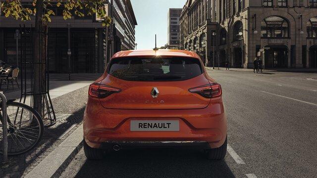 CLIO laranja, vista traseira