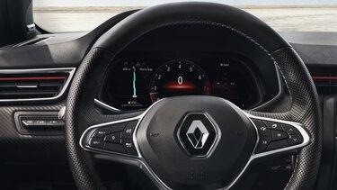 Obrazovka řidiče v interiéru vozu CLIO
