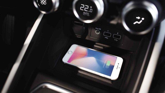 Nouvelle CLIO station de charge sans fil